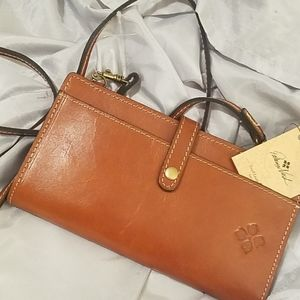 Patricia Nash gavi wallet xbody  NWT VEG TAN